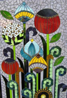 Deco flowers....I love this mosaic, and would love to learn how to do it, maybe I can find a tutorial to help me begin.