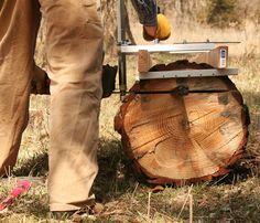Granbergs Alaskan Chainsaw mill: making the first cut