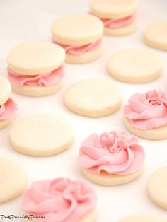 Pink Piccadilly Pastries: Melting Moments Sandwiches with Fresh Raspberry Buttercream Pink Cookies, Tea Cookies, Biscuit Cookies, Easter Cookies, Sandwich Cookies, Shortbread Cookies With Icing, Summer Cookies, Baby Cookies, Flower Cookies