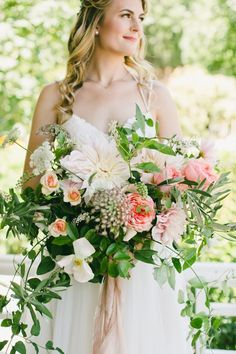 Featured Photographer: onelove photography; Wedding bouquets ideas.
