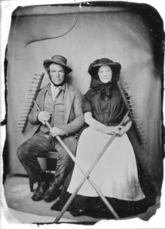 Occupational photo - probably haymakers, 1850s. Woman in straw hat with veil and short-sleeved dress. (From The Story of a Seamstress: Early 1860s Print Dress)