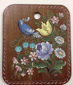 Imagem relacionada Baroque Painting, Tole Painting, Fabric Painting, Painting On Wood, Folk Art Flowers, Flower Art, Art Floral, Norwegian Rosemaling, Art Mignon