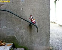 Calvin and Hobbes! I'm totally going to recreate this on my stairs. Lol