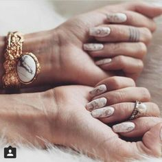 Marble nails inspiration courtesy of Alina Ceusan #livefromcatwalk15