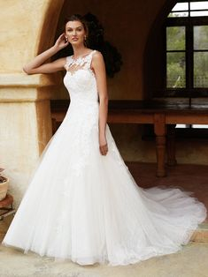 Gown of the Month: BT16-13 | Enzoani