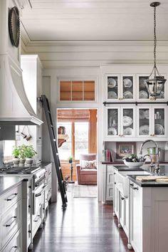 Smart Kitchen, New Kitchen, Crisp Kitchen, Kitchen Ideas, Awesome Kitchen, Kitchen Decor, Kitchen Layout, Kitchen Design, Louisiana Homes