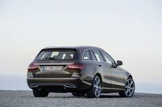 C wie Comfort ist für Mercedes auch im T-Modell der Trumpf - Die C-Klasse ist um eine Variante reicher. Das T-Modell überzeugt im OÖN-Test mit praktischen Maßen, effizienten Motoren und elegant-dynamischem Design. Zum Auto-Test: http://www.nachrichten.at/anzeigen/motormarkt/auto_tests/Mercedes-C220-T-Modell-C-wie-Comfort-ist-fuer-Mercedes-auch-im-T-Modell-der-Trumpf;art113,1711944 (Bild: Daimler AG)