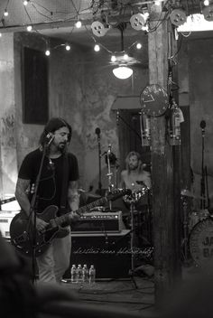Foo Fighters Brasil - Tumblr | cstina: We were walking down the street after...