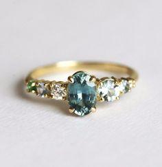 青いサファイアのクラスターリング|指輪・リング|Capucinne|ハンドメイド通販・販売のCreema