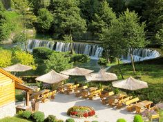 Picturesque restaurant near the waterfalls of Jajce, Bosnia and Herzegovina (by Zoë in den Städten).
