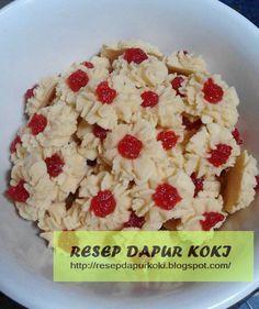 http://resepdapurkoki.blogspot.com/2015/11/keyword-resep-kue-semprit.html
