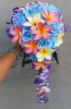 BEAUTY TROPICAL BLUE ROSE PINK  FRANGIPANI/PLUMERIA WEDDING BOUQUET SET8p