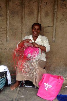Beautiful Zulu women handcrafting a telephone wire ZuluBeadz basket #ZuluBeadz #handcrafted #DurbanBeadMarket #ZuluHat #DurbanStreetMarket #ZuluWoman