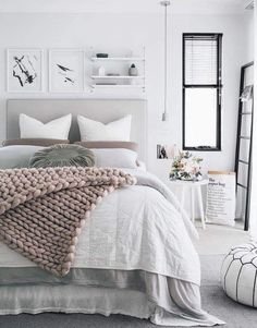 Pretty much any bedroom with these fantastic throws hits my list. 😻