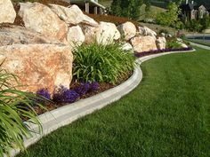 Yard edging ideas lawn 3 garden for slopes outdoor landscaping grass uk Backyard Landscaping, Landscape Curbing, Lawn And Garden, Outdoor Gardens, Landscaping With Rocks, Concrete Garden Edging, Backyard, Diy Lawn, Landscape Edging