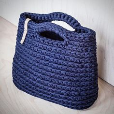 Navy crochet purse made of recycled zpagetti yarn Синяя вязаная сумочка из…
