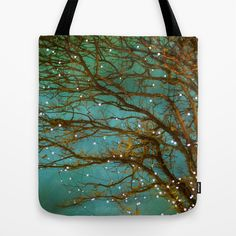 Magical Tote Bag   I love all the totes on this site