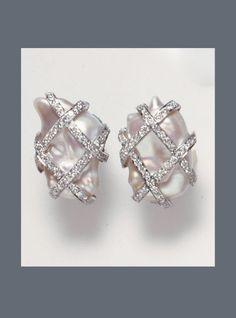 E-3444 Trellis Biwa Pearls and Diamond channel set in 18K white Gold