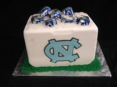 #UNC Grooms cake! @PartyFlavors