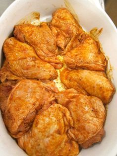 These oven-baked chicken thighs are juicy, delicious, and easy-to-make — they are great during the work week, when you want to make a relatively simple dinner at home with a lot of flavor, an… Paleo Chicken Recipes, Chicken Thigh Recipes, Healthy Eating Recipes, Paleo Recipes, Cooking Recipes, Paprika Chicken Thighs, Oven Baked Chicken Thighs, Supper Recipes, Paleo Dinner