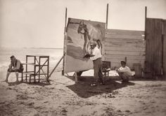 Trabajando en El baño del caballo Valencia City, Beauty In Art, Spanish Painters, Portraits, Over The Rainbow, Famous Artists, Artist At Work, Art Gallery, Black And White