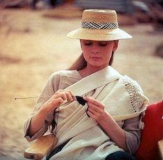 33-1002 Audrey Hepburn C. 1955