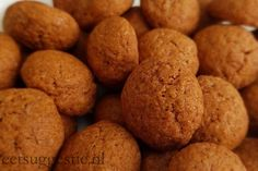 Pepernoten / Kruidnoten Recept ⋆ Learn To Cook, Holiday Cookies, Love Food, Holiday Recipes, Cake Recipes, Muffins, Potatoes, Healthy Recipes, Snacks