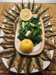 Greek Recipes, Fish Recipes, Cookbook Recipes, Cooking Recipes, Fish Dishes, Food Art, Cobb Salad, Good Food, Brunch
