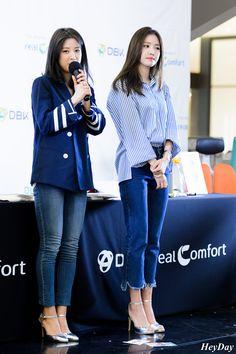 Snsd Fashion, Fashion Pants, Fashion Outfits, Womens Fashion, Kpop Outfits, Korean Outfits, Casual Outfits, Korean Fashionista, Korean Airport Fashion