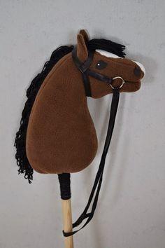 Runaway's Horsesin myytävät! Horse Galloping, Stick Horses, Hobby Horse, Horse Crafts, Ponies, Stuffed Animals, Saddle Bags, Felt, Gift Ideas