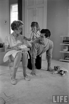 Tony Curtis, Janet Leigh and their children