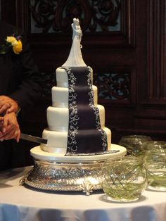 The Cake Artist Gina Vaccarino : 1000+ images about Gina Freehill Wedding Cake Toppers ...