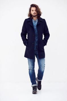 The Bradon is a waxed canvas parka made out of GOTS certified organic cotton Men's Collection, Ethical Fashion, Mantel, Parka, Organic Cotton, Pure Products, Denim, Tops, Man Cold