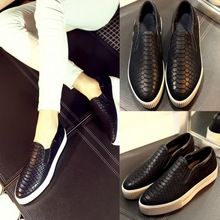 2015 primavera y el verano patrón mujeres ocasionales del zurriago de los zapatos de tendencia genuina mocasines de cuero punta redonda zapatos casuales(China (Mainland))