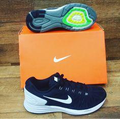 Na academia ou nos momentos de lazer, o Tênis Nike Lunar Lide é a escolha perfeita. O calçado mantém os pés mais confortáveis e ventilados em todas as ocasiões.  DE: R$ 399,90  POR: R$ 279,90  #30%OFF  #PréLíquida #SportLine #Nike #Conforto&Qualidade