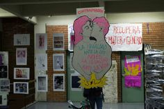 Premuestra #NiUnaMenos de Contraimagen IUNA junto a #LaCajaRoja en el IUNA Visuales. Contra la violencia machista y los feminicidios.