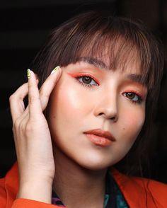 Bold Eye Makeup Looks Celebrities are Sporting - Star Style PH Pink Eyeliner, Blue Eyeshadow, Kathryn Bernardo Photoshoot, Bold Eye Makeup, Filipina Actress, Daniel Padilla, Models Makeup, Star Fashion, Beauty Makeup