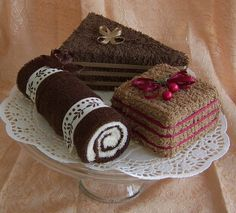 Towel Cakes, Chocolate Lovers Set of Three Mini Towel Desssertstowel cakes~choc log and singlestowel cakes interested in this next!best ideas about Towel cakes Homemade Gifts, Diy Gifts, Party Gifts, Creative Gifts, Unique Gifts, Towel Origami, Towel Animals, How To Fold Towels, Towel Cakes