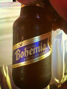 La comida Mexicana va mejor con cerveza.