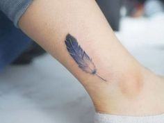 Blue feather tattoo on the ankle - gridnet feather tattoo - Tattoo Feather Tattoo Design, Feather Tattoos, Forearm Tattoos, Finger Tattoos, Rose Tattoos, Ankle Tattoos, Trendy Tattoos, Small Tattoos, Tattoos For Guys