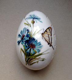 Ostereier - Weiss Madeira Hand verziert bemalte Osterei - ein Designerstück von VeryAndVery bei DaWanda