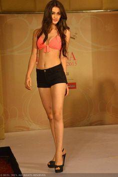 fbb Femina Miss India 2015 finalist Aditi Arya during the Centro Miss Rampwalk.