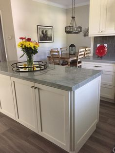 Quartzite is a great choice for durability and style. View Arizona Tile's wide selection of quartzite slabs for interior home projects. Kitchen Countertop Materials, Concrete Kitchen, Kitchen Countertops, Sea Pearl Quartzite, Quartzite Countertops, Granite, Bungalow Kitchen, White Kitchen Cabinets, White Cabinet