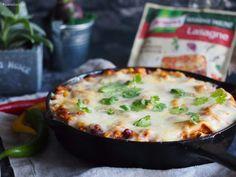 Meksykańska lazania z patelni / Mexican skillet lasagna Skillet Lasagna, Wonderful Recipe, Cheeseburger Chowder, Quiche, Mashed Potatoes, Soup, Mexican, Eat, Cooking