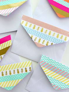 Decorate the flap of a boring white envelope with washi tape - washi decorating - card making - papercrating - washi ideas Washi Tape Cards, Washi Tape Diy, Washi Tape Notebook, Washi Tapes, Masking Tape, Karten Diy, Tape Art, Envelope Art, Idee Diy