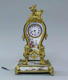 VIENNESE ENAMEL MINIATURE CLOCK