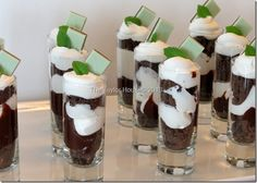 St Patrick's Day Dessert Chocolate Mint Parfait Recipe is part of Parfait dessert Cool Whip - Delicious and Simple Chocolate Mint Parfait recipe using mint cookies, fudge and more The perfect St Patrick's Day dessert! Parfait Desserts, Parfait Recipes, Mini Desserts, Cookie Desserts, Easy Desserts, Delicious Desserts, Dessert Recipes, Yummy Food, Cool Whip