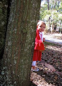 The Modest Homestead: Little Red Riding Hood Costume {Tutorial} Red Riding Hood Costume Kids, Tinker Bell Costume, Cape Pattern, Costume Tutorial, Fabric Markers, Dress Up Costumes, Lining Fabric, Halloween Costumes For Kids, Little Red