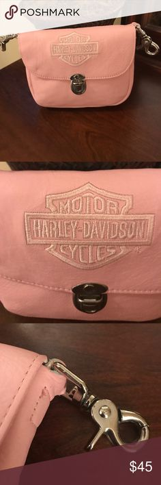 """Harley Davidson Hip Bag """"Harley Davidson"""" leather belt clip/ hip bag in gently used excellent condition.  Very unique and rare.    Nonsmoking **** Harley-Davidson Bags Mini Bags"""