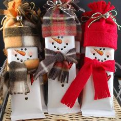Snowman Bar Wrappers by croppixie - Cards and Paper Crafts at Splitcoaststampers Christmas Store, Christmas Candy, Christmas Stockings, Christmas Decorations, Homemade Christmas Gifts, Homemade Gifts, Homemade Cards, Christmas Gift Wrapping, Christmas Card Holders